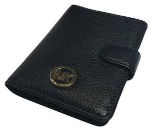 Michael Kors Michael Kors Fulton Passport Holder Case - Black