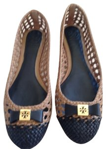 Tory Burch Color Size 6.5 Sand/Black Flats