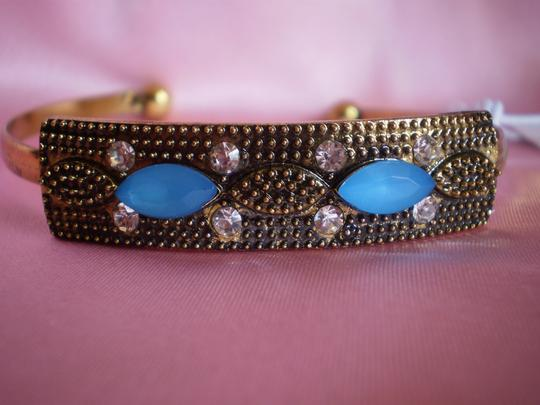 White Plum Crystals and Blue Stones Bangle