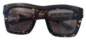 Roxy Tortoise Shell Sunglasses with case