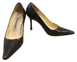 Vero Cuoio alligator Pumps