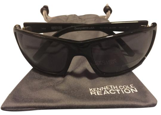 Preload https://img-static.tradesy.com/item/6264943/kenneth-cole-reaction-blac-unisex-sport-sunglasses-0-0-540-540.jpg