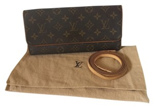 Louis Vuitton Monogram Sling Crossbody Clutch Shoulder Bag