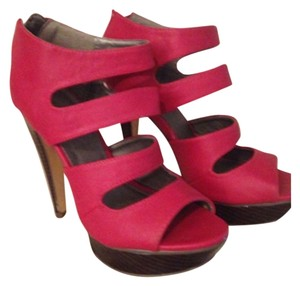 Michael Antonio Red Platforms