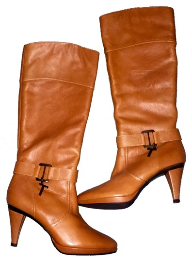 Preload https://img-static.tradesy.com/item/6267541/leather-bootsbooties-size-us-6-0-0-540-540.jpg