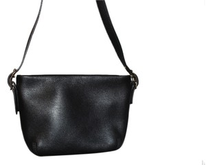Coach Signature Lining Classic Shoulder Bag