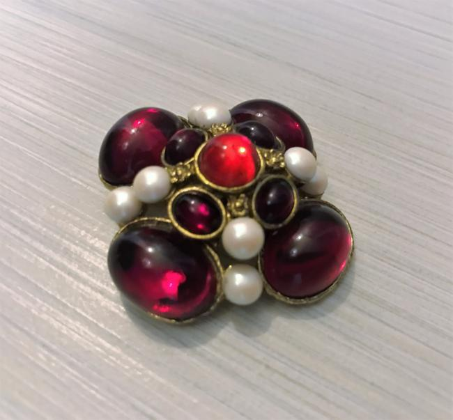 Red Vintage Brooch Red Vintage Brooch Image 1