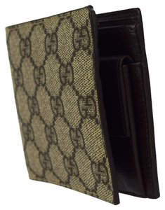 Gucci Authentic GUCCI GG Pattern Bifold Wallet Purse PVC Leather Brown Italy 04W101
