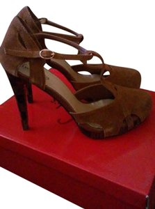 Frederick's of Hollywood Brown Pumps