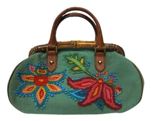 Gucci Floral Embroidered Beaded Baguette