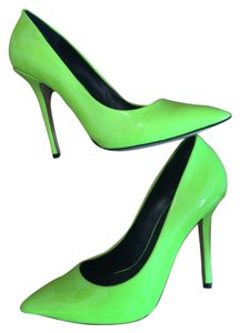 Nine West Neon Green Pumps