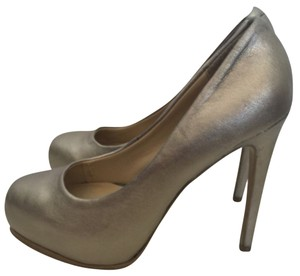 Kelsi Dagger Pewter Pumps