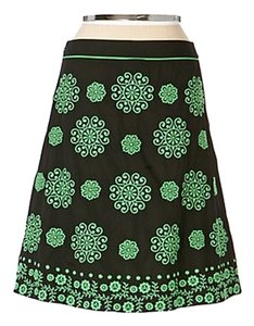 Anthropologie Embroidered Lithe Medallon Cigarro Skirt BLACK AND GREEN