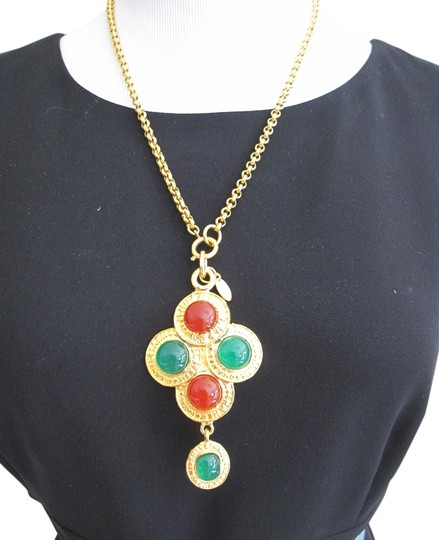 Preload https://img-static.tradesy.com/item/6289954/chanel-gold-green-and-ruby-red-final-sale-rare-vintage-gripoix-glass-necklace-0-0-540-540.jpg