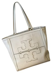 Tory Burch Tote in Ivory