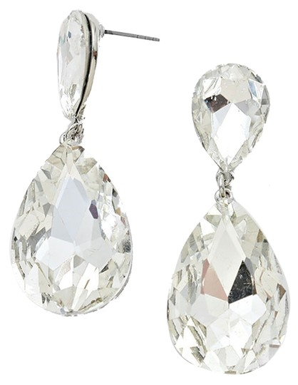 Preload https://img-static.tradesy.com/item/6292882/clear-crystals-and-silver-setting-swarovski-pierced-teardrop-earrings-0-0-540-540.jpg