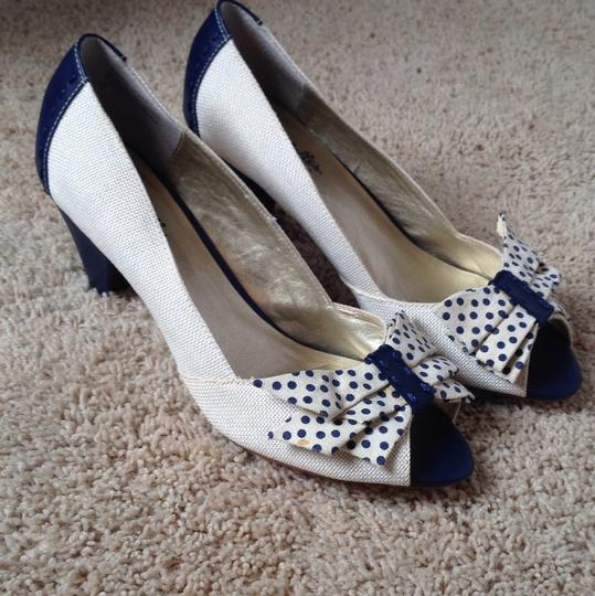 Seychelles Blue and white Pumps