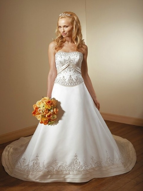 Item - Pearl/Cafe Satin 948 Traditional Wedding Dress Size 6 (S)