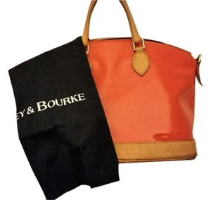 Dooney & Bourke & Classic Quality Leather Patent Satchel in Orange