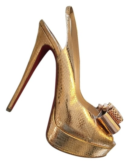 Preload https://img-static.tradesy.com/item/6297601/christian-louboutin-gold-snake-sandals-size-us-85-0-0-540-540.jpg