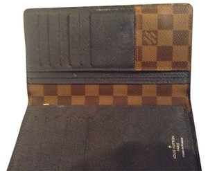 Louis Vuitton Louis Vuitton Damier Ebene Brazza Wallet