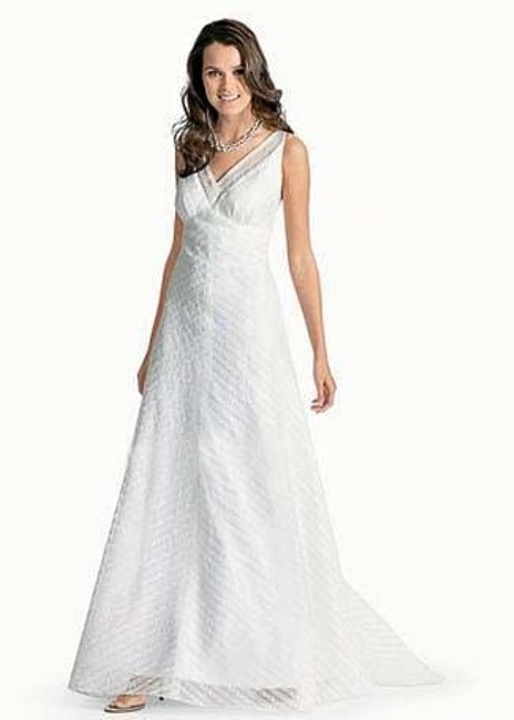 Item - Ivory Beaded Lace 7078b Casual Wedding Dress Size 10 (M)