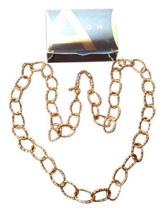 Avon Avon Long Twist Link Necklace Goldtone 2008 New in Box