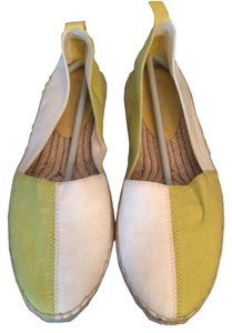 Tommy Bahama Color Block White Light Green Flats