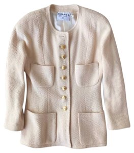 Chanel Jacket winter white Blazer