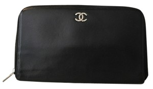 Chanel Authentic Chanel Black Caviar Leather Large Zip-Around Wallet/Clutch