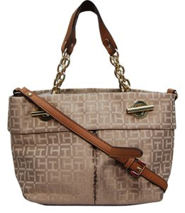 Tommy Hilfiger Classic Satchel in Tan
