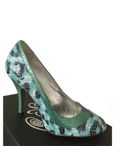 Naughty Monkey green Pumps
