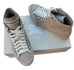 Burberry beige Athletic