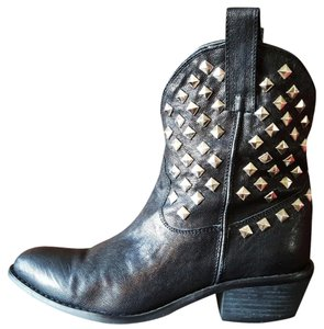 N.Y.L.A. Black Studded Boots