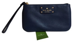 Kate Spade Brand New with Tags Kate Spade Zippered Chrissy Berkshire road wristlet