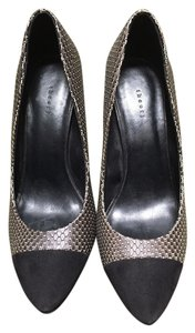 Theory Black with a pattern. Pumps