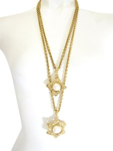 Chanel Chanel Gold & Pearl Necklace
