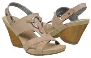 Dr. Scholl's Metal Ring Detail Tan Sandals