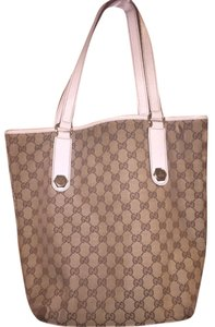 Gucci Tote in Beige/ebony GG fabric with brown leather trim