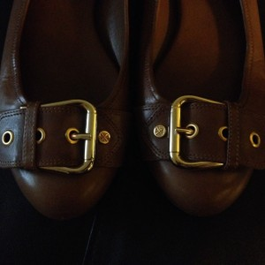 Antonio Melani Leather Gold Buckle Toe Brown Flats