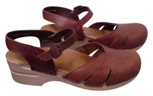 Dansko Clog BROWN LEATHER mary jane Mules