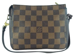 Louis Vuitton Wristlet in Damier Ebene
