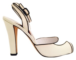 Manolo Blahnik Patent Leather Peep Toe white and black Sandals