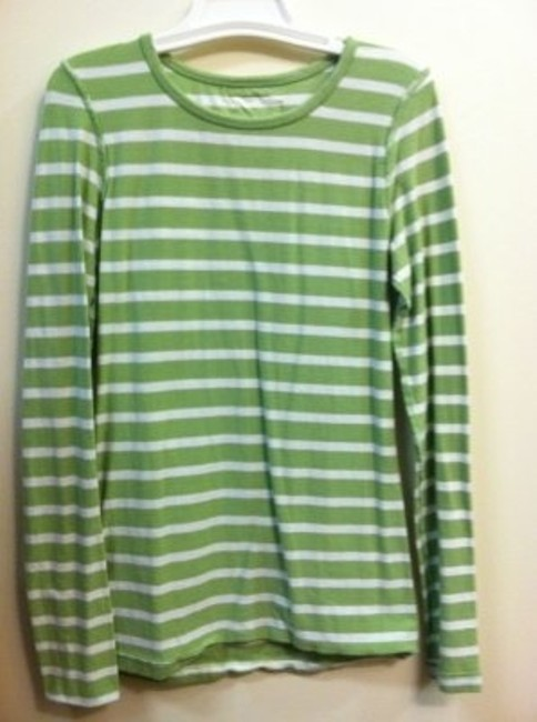 Preload https://item2.tradesy.com/images/h-and-m-lime-green-long-sleeved-white-stripes-tee-shirt-size-4-s-6331-0-0.jpg?width=400&height=650