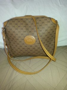 Gucci Vintage Monogram Gg Brown Tan Cross Body Bag