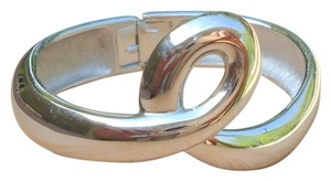 MONET MONET Vintage Loop Hinged Bracelet