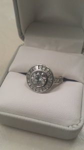 Colorless Vintage Style Diamond Setting Engagement Ring