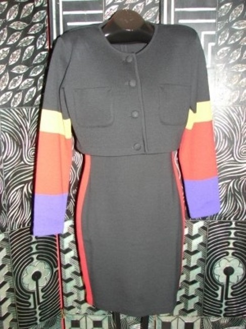 Preload https://item3.tradesy.com/images/andrea-jovine-black-color-block-design-vintage-ladies-set-workoffice-dress-size-12-l-6337-0-0.jpg?width=400&height=650