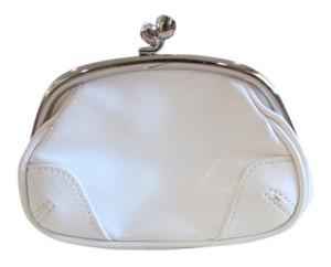 Express White Clutch