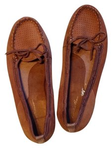 Eddie Bauer Brown Flats